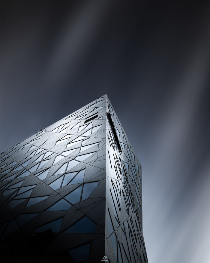 Seduced By The Light: Beautiful Architectural Photos By Roger Holmen