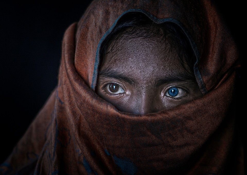 Champa eyes- The Best Photos of Women