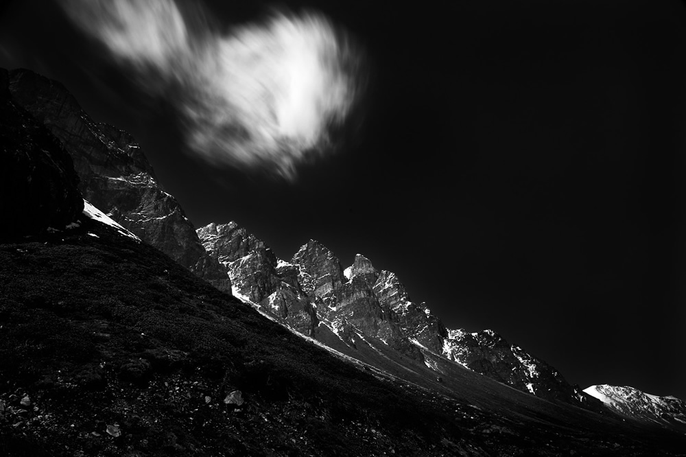 Yumthang Valley - A Journey Through Himalayas