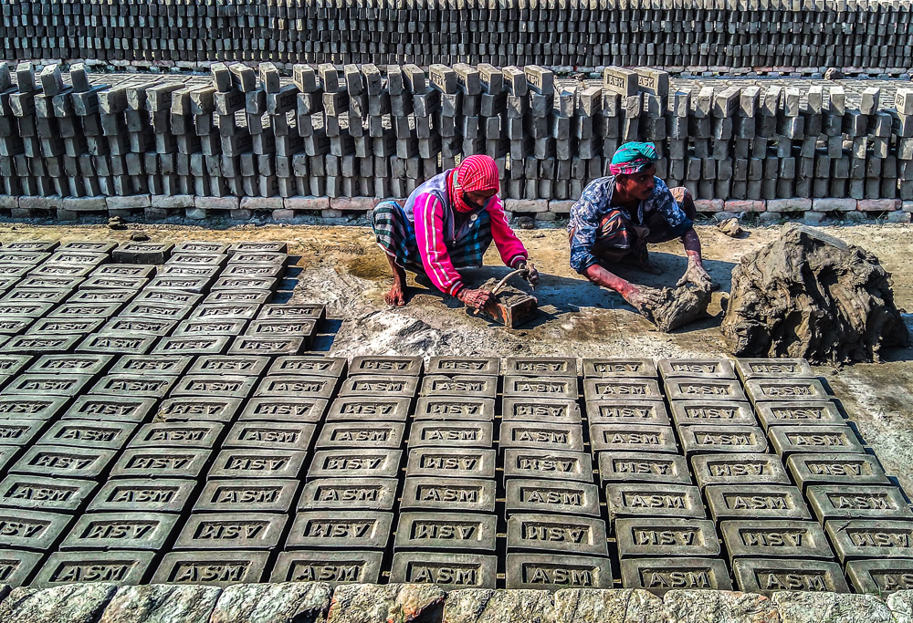 Colorless Lives Around The Brick Factories: Photo Story By Ehsanul Siddiq Aranya