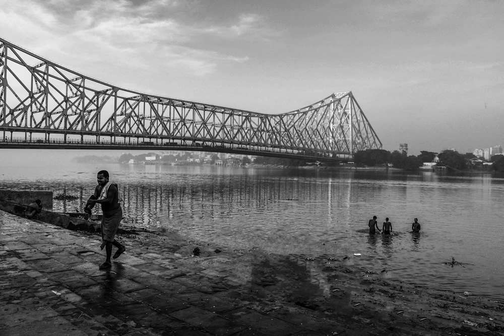 An In-Depth Walking Tour Of India's Famous Mullick Ghat By Md. Sharif Uddin