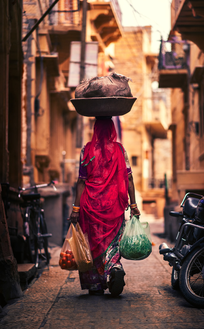 The Golden City: Photos From Jailsamer Streets By Ashraful Arefin