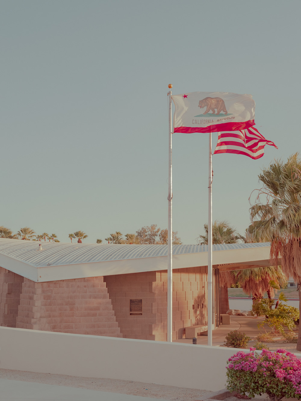 A Tribute to the America I Love: Photo Series by Ludwig Favre