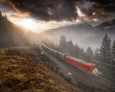 Beautiful Train Photographs In Exciting Places