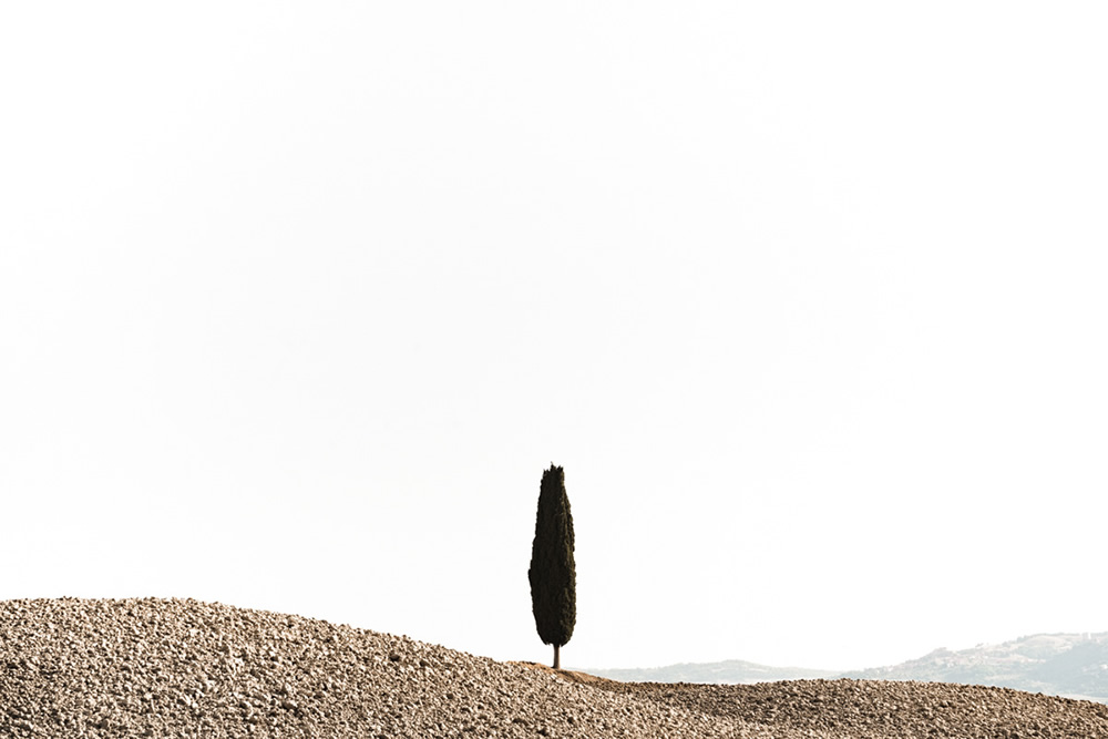 The Italian Desert: Minimalistic Tuscan Landscapes By Roland Krämer