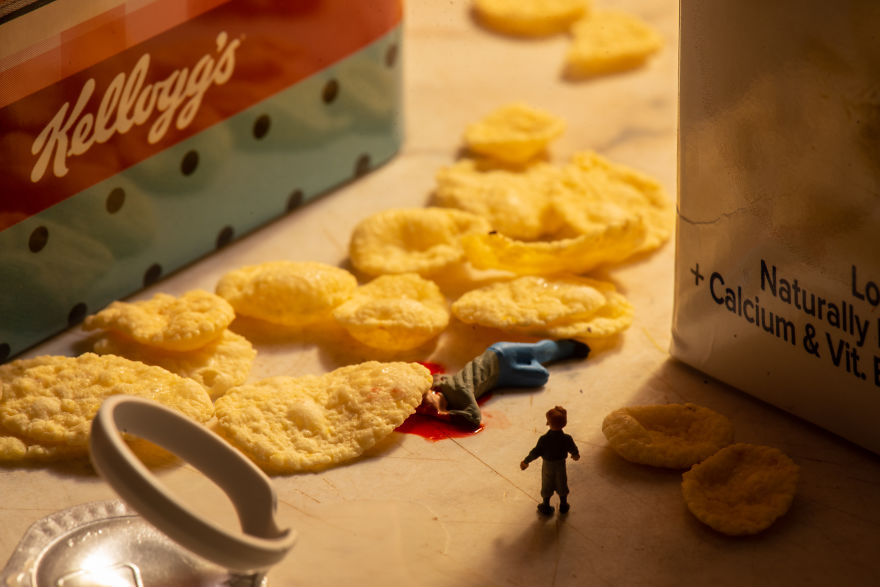 Tiny Worlds From Everyday Objects And Mini Figurines By Peter Csakvari