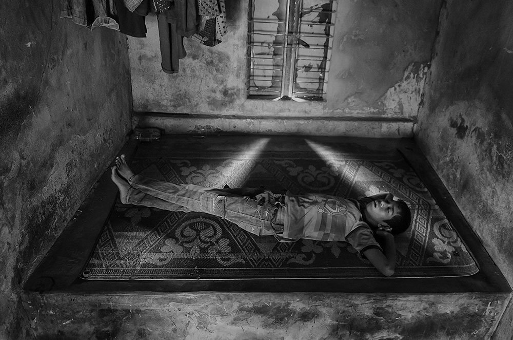 Sleeping Tales: Photo Series By Abu Rasel Rony