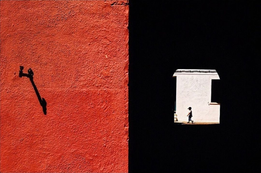 30 Incredible Street Photographs For Your Inspiration