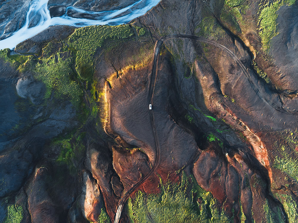 The Long Journey: 30 Mindblowing Road Photographs Shot From Above By Kevin Krautgartner