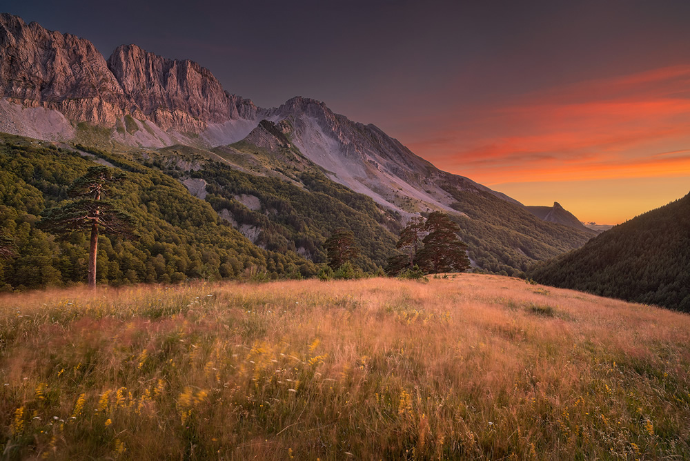 The Lost Valley: Beautiful Landscapes Of Spanish Pyrenees By Maxime Daviron